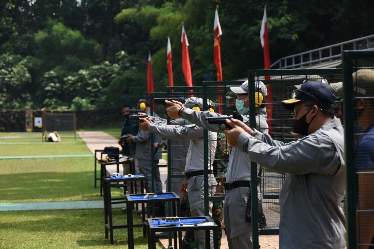 Bakamla RI Uji Coba Senjata Baru di Lapangan Tembak Korps Marinir