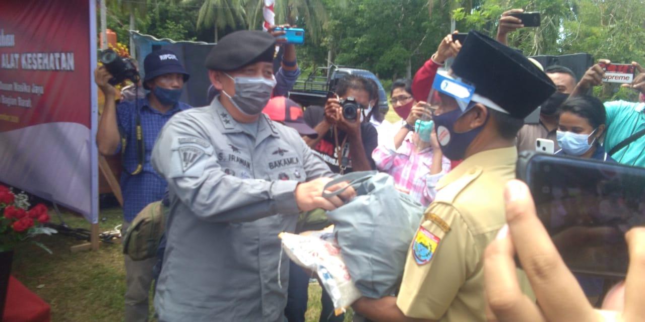 Sestama Bakamla RI Tuntaskan Distribusi Bansos dan Operasi Cegah Tangkal di Zona Timur Indonesia