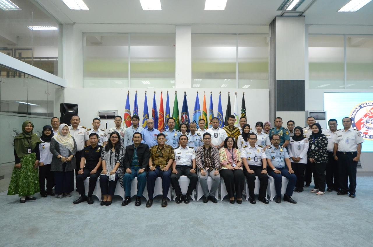 Bakamla RI Gelar  Konsinyering Kajian Hukum Internasional Bidang Kamlamla