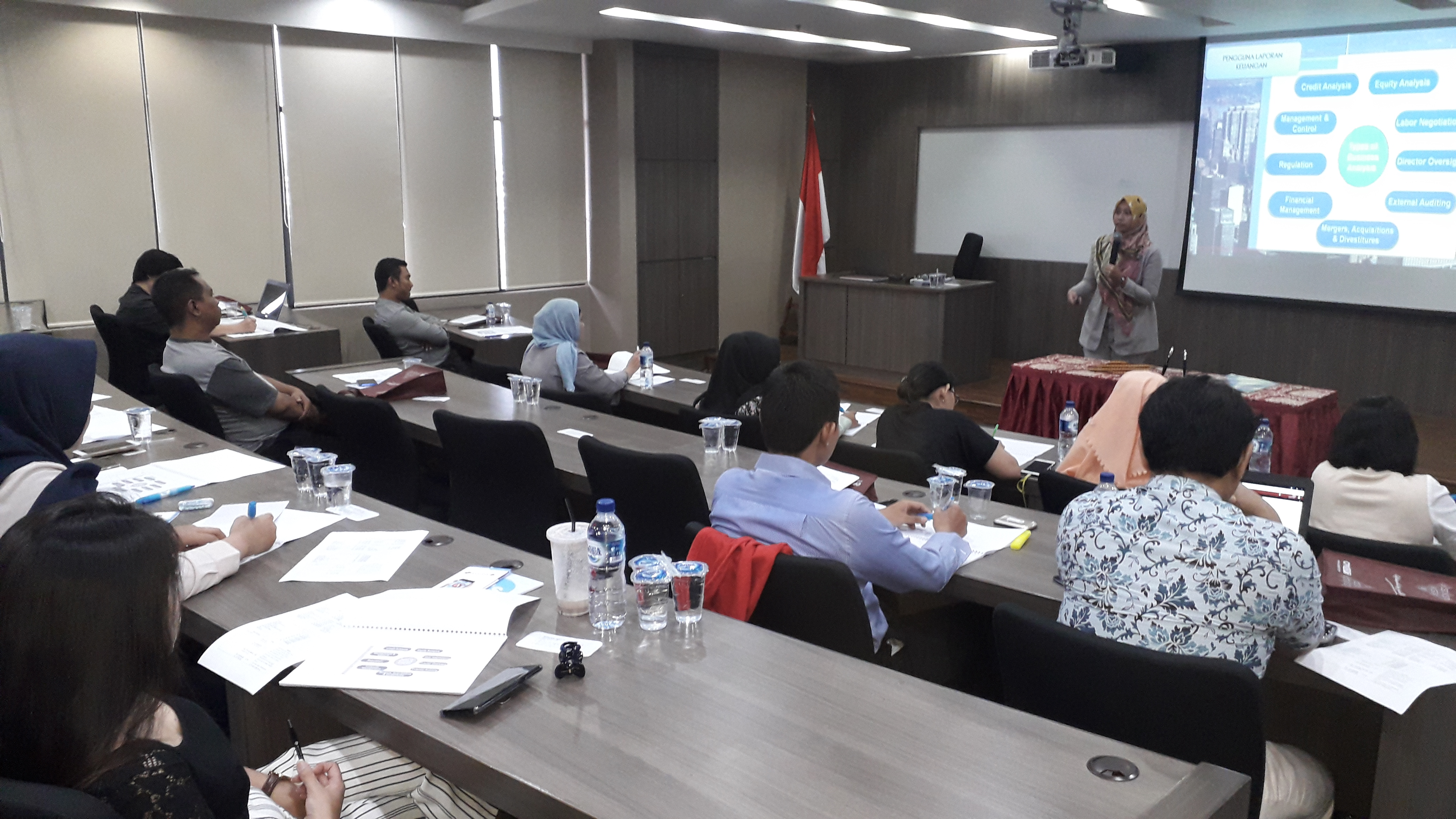 Program Pengabdian Masyarakat, Trisakti School of Management Gandeng PT UTS Bantu UKM