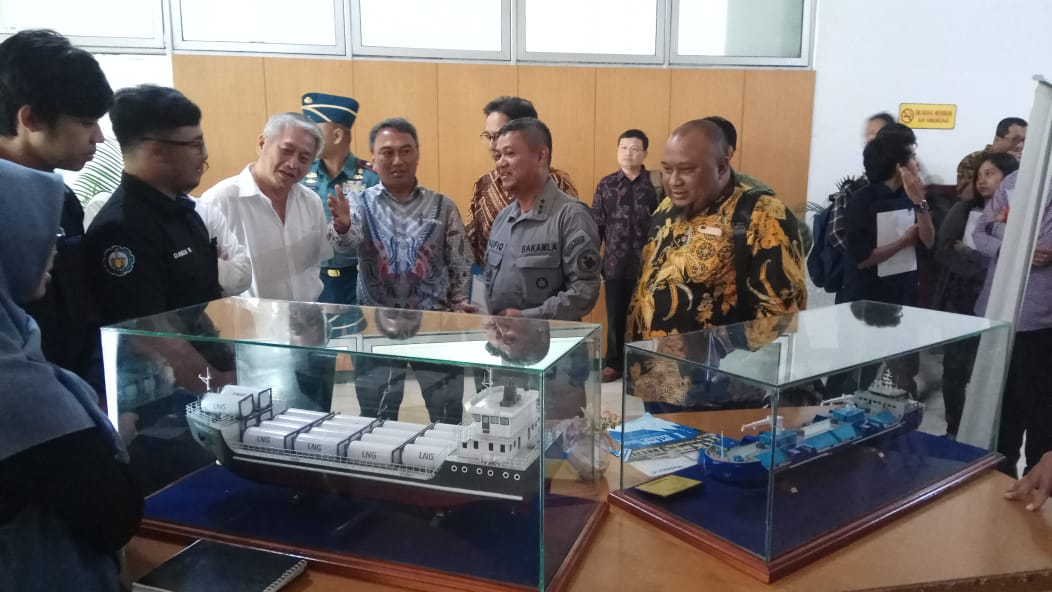KABAKAMLA RI : PERAN DAN TANTANGAN TUGAS BAKAMLA JAGA LAUT INDONESIA