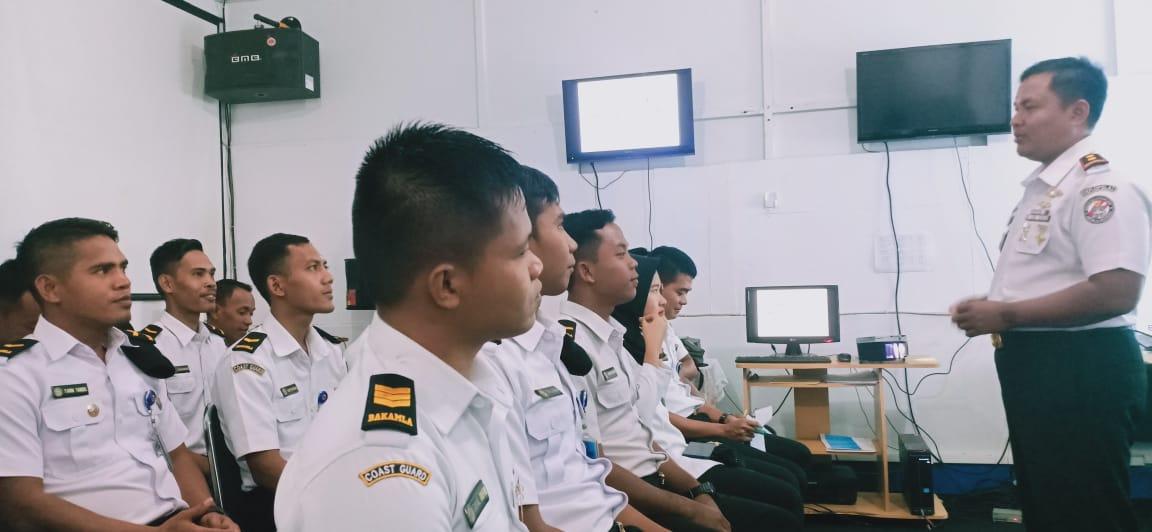 Zona Maritim Timur Gelar Bimtek Hukum Internasional di Bidang Keamanan dan Keselamatan Laut