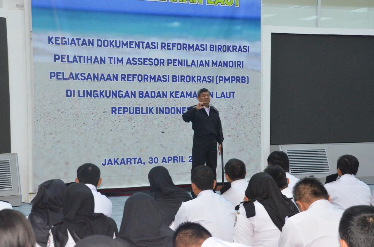 Kepala Bakamla Pimpin  Apel Gabungan di Hari Pertama Ramadhan