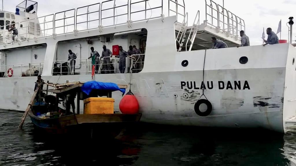 Patroli di Selat Malaka, Bakamla RI selamatkan nelayan Indonesia