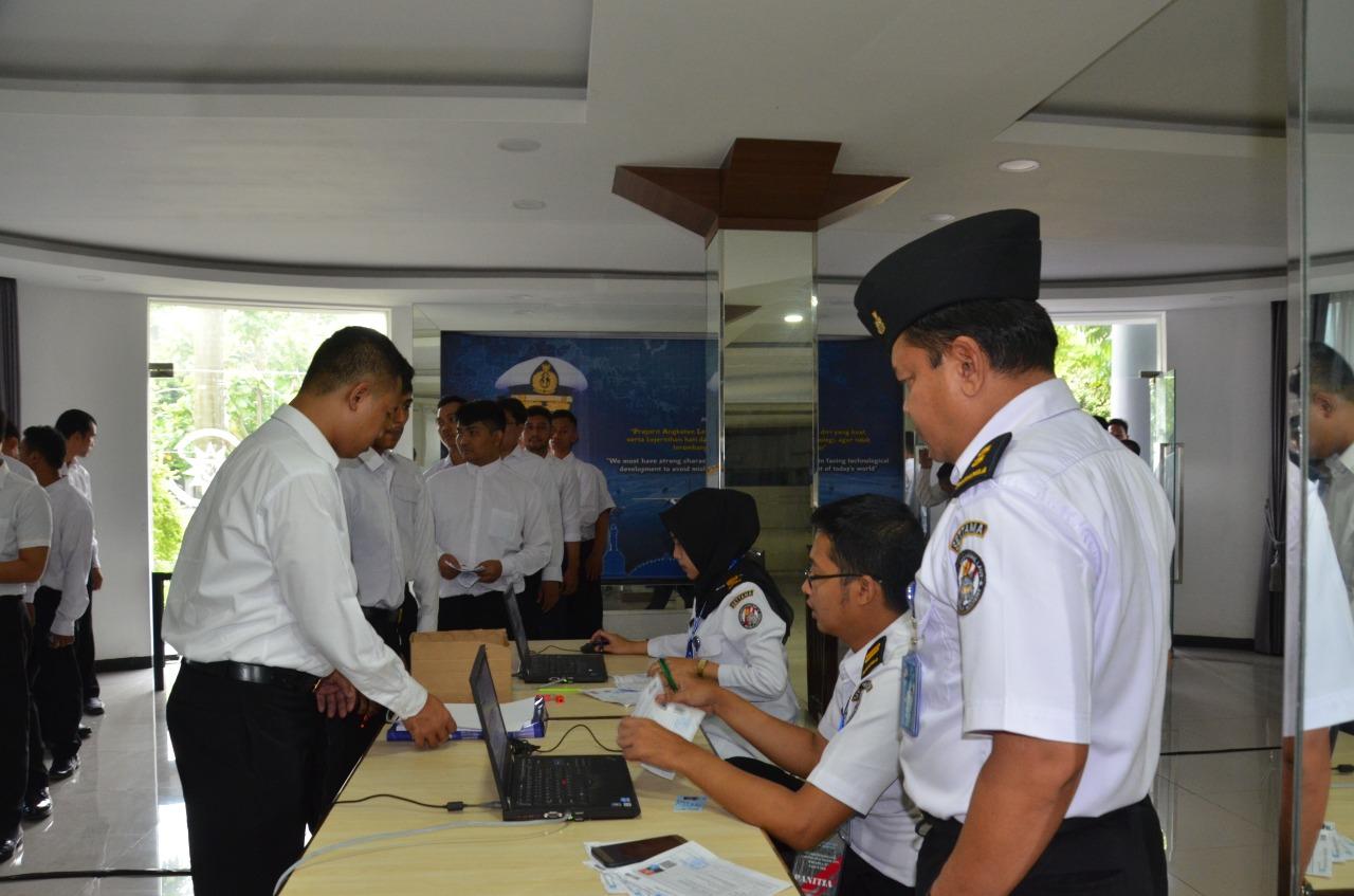 Siap Amankan Laut Indonesia, Bakamla RI Seleksi CPNS yang Tangguh