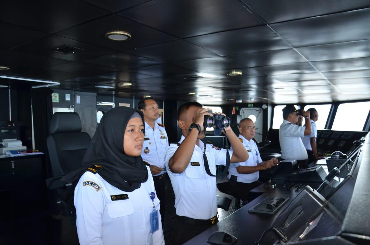 Bila Srikandi KN Tanjung Datu 301 Membelah Lautan