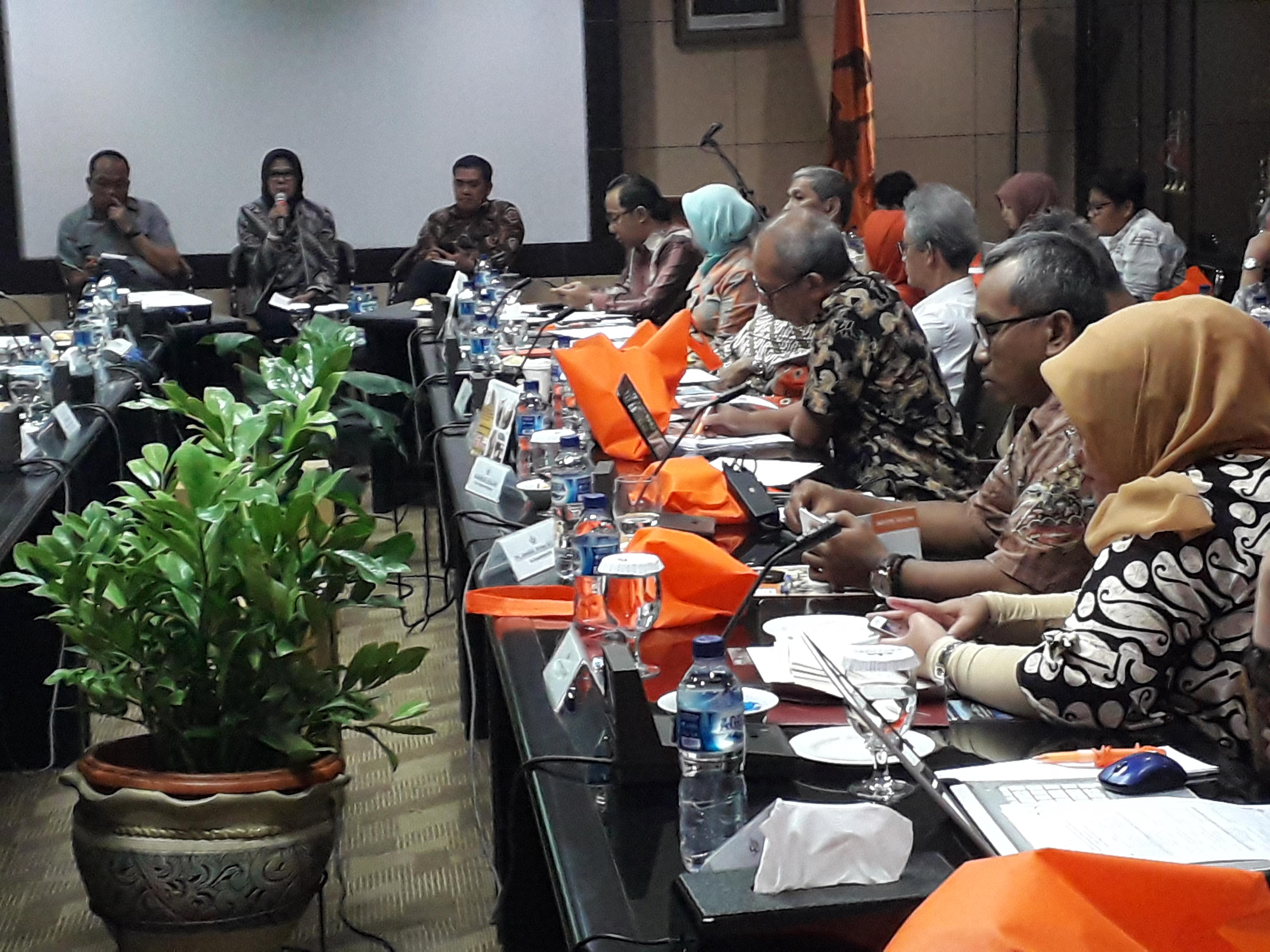 Kembangankan Ekowisata Kawasan Siberut Mentawai, STP Trisakti Bersama TFCA Gelar FGD