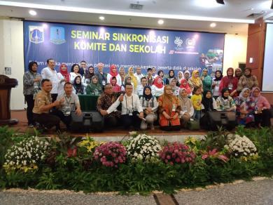Komite Sekolah dan Kepsek se-Kec Cakung Ikuti Seminar Sinkronisasi Komite dan Sekolah