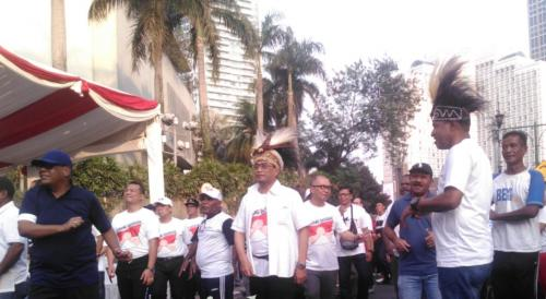 Menhub Bersama Tokoh Adat Papua Galang Solidaritas Dana Wamena