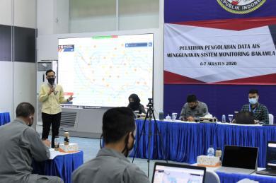 Perkuat Pengamanan Laut Indonesia, Bakamla RI Gelar Pelatihan AIS
