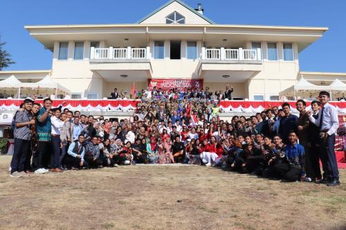 PRAJURIT SATGAS MARITIM TNI KONTINGEN GARUDA XXVIII-K UNIFIL GELAR UPACARA HARI KEMERDEKAAN RI