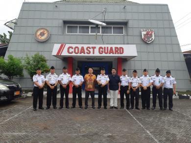 Anggota Parlemen Jepang Kunjungi Kantor Kamla Zona Maritim Tengah